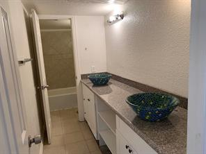 781 Country Place Drive #2053, Houston, TX 77079