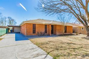 244 Bastrop Street, Angleton, TX 77515
