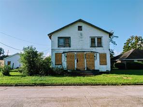 870 Jackson, Beaumont TX 77701