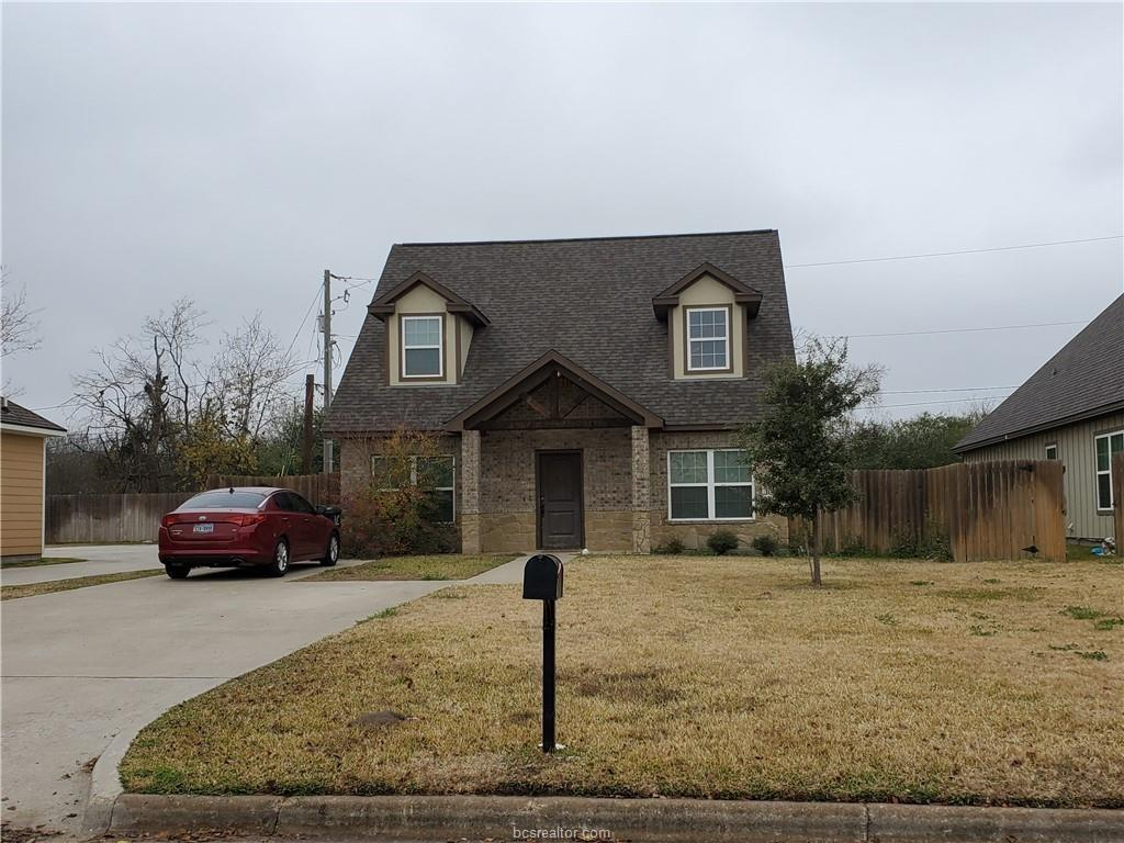 109 Southland Street, College Station, Texas 77840, 5 Bedrooms Bedrooms, 5 Rooms Rooms,4 BathroomsBathrooms,Rental,For Rent,Southland,10209458