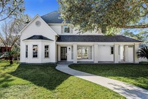202 Greenbriar Avenue, Friendswood, TX 77546