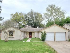 17331 Heritage Bay Drive, Webster, TX 77598