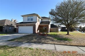 611 Chase More Court, Bacliff, TX 77518