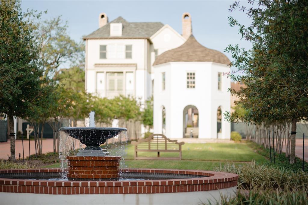 20 Audubon Hollow Lane, Houston, TX 77027