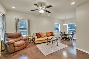 20333 Willow Lane, Montgomery, TX 77356