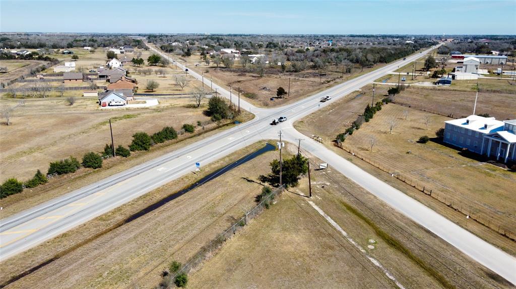 7529 Blimp Base Road, Hitchcock, TX 77563