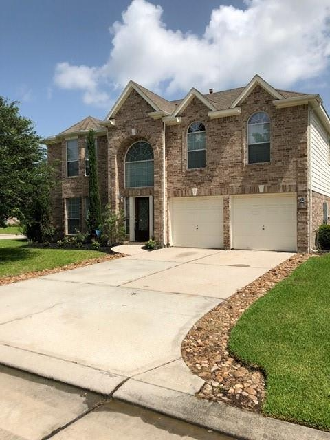 This is a beautiful 2 story corner lot home in pristine condition ! All bedrooms are located on second floor. HUGE backyard for the kids to play, fire pit and storage shed. No carpet. Spacious and plenty of room to roam about. Home is located minutes from I-45 just minutes from The Woodlands and easy access to Grand Parkway 99.