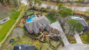 300 Tall Timbers Way, Friendswood, TX 77546
