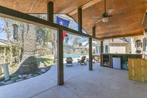 1207 Longledge Drive, Seabrook, TX 77586