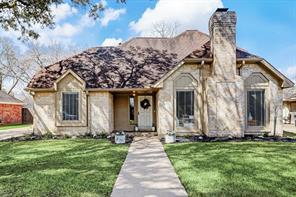 531 Rozelle Avenue, Sugar Land, TX 77498