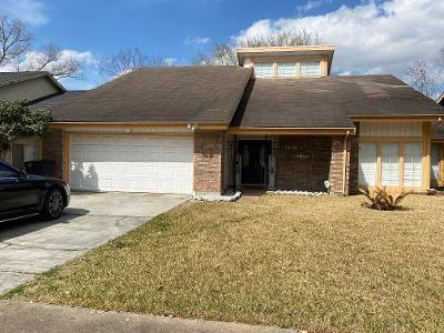 7930 Candlegreen Lane, Houston, TX 77071