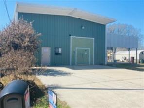 3810 Putnam Drive, Bacliff, TX 77518
