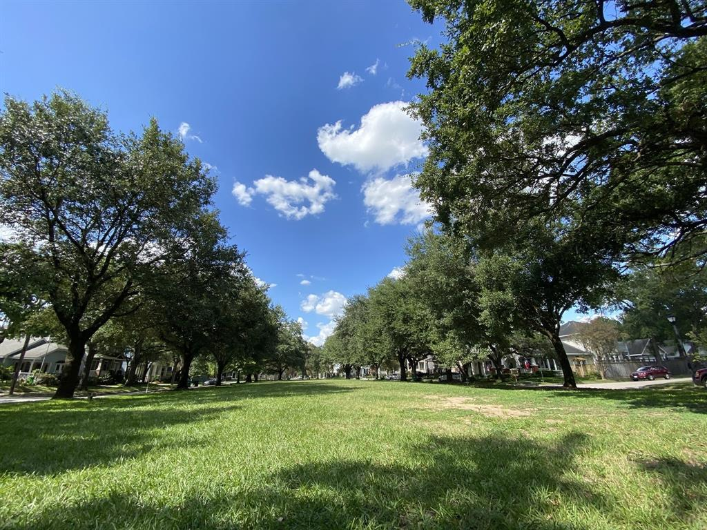 Located just around the corner, you'll find Norhill Esplanade, a great public space for throwing a Frisbee or walking the dog.