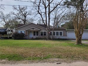 1315 Clear Lake Road, Highlands, TX 77562