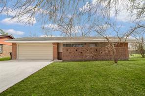 1828 Meadowview, Alvin, TX, 77511