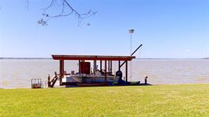 266 Lakeview Harbor, Onalaska, TX 77360