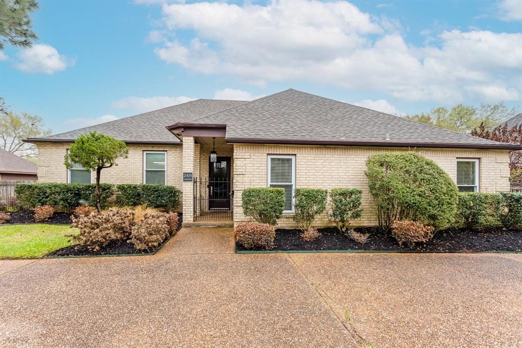 "Updated home in the heart of Rosenberg! Rare opportunity to buy a modern home in Bayou Park. Ask for full list of IMPROVEMENTS!! +$85,000 REMODEL (2019/2020) > NEW 30 year composition roof with radiant barrier (2016) +$18,000, NEW low-E windows (2018/2019) +$14,500. Kitchen boasts recent stainless-steel appliances, including a commercial Décor slide in range 48"" wide, Dual fuel with 6 gas burners and a removable cast iron griddle, 2 electric convectional, both self-cleaning ovens. 2 unique Natural Stones in kitchen. Perimeter of kitchen has a Brazil quartzite (level 5) 3cm slab. The slabs are butterflied to have continued grain pattern which extends up the walls to create a beautiful backsplash finish. Each cabinet run is finished with miter-cut waterfall edges. The large island makes it inviting and luxurious for all. Exotic Chocolate Bordeaux granite is top of the line; level 4, 3cm and does its job to anchor the large space. CALL YOUR REALTOR NOW BEFORE THIS GEM IS GONE!!"