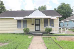 2402 Caplin, Houston TX 77026