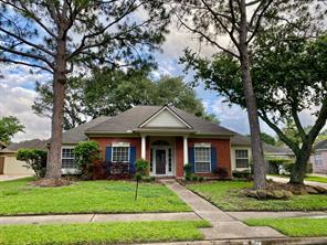 15942 Meadowside Drive, Houston, TX 77062