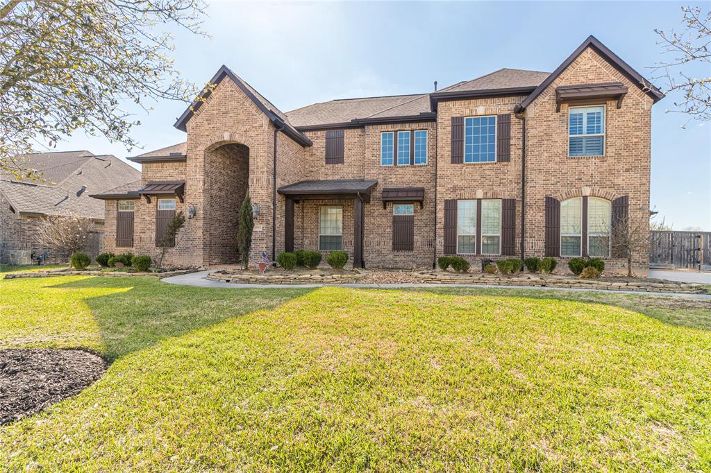 Come check out this amazing 2 story, 5 bedroom home with 2 bedrooms downstairs!  The primary bedroom has an enviable 2 section walk-in closet. The beautifully updated kitchen with a huge island opens to the living room and is perfect for entertaining.  Another entertainer's dream is the oversized backyard with a covered patio to stay out of the sun and a glistening pool to cool off in.  Upstairs you have 3 bedrooms, a nice size game room, and a media room.  Check out the 3D video to take a look around.