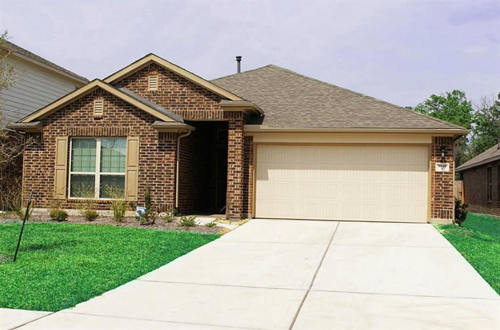 Welcome to this gorgeous well maintained one story home in the highly sought after community of the Falls at Imperial Oaks. The interior of the home features 3 bedrooms, 2 baths and a flex area which can be used as a study/library or a game room. Upon entering you are greeted by an extended entry with high ceiling and open concept. Open concept kitchen / dinning area which includes granite countertops and appliances, including refrigerator! Primary bedroom includes double closet that wont let you down!  This meticulous community offers amenities that you and your family will enjoy including: pool, picnic areas, lighted tennis courts, sand volleyball courts, and outdoor playgrounds. Beautiful lakes and miles of hike and bike trails nearby. Excellent Conroe ISD schools just mins away.