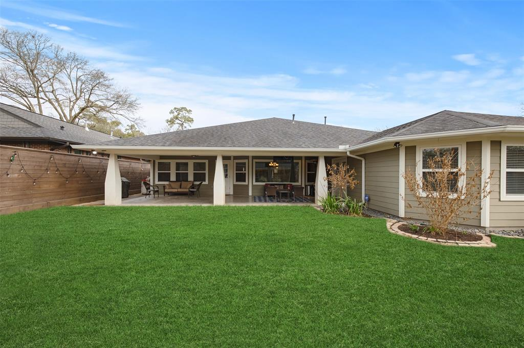 The large back yard is great for family fun, pets and BBQs.