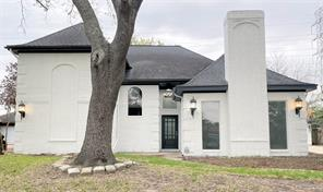 2316 Country Club Drive, Pearland, TX 77581