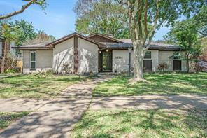 15311 Saint Cloud Drive, Houston, TX 77062