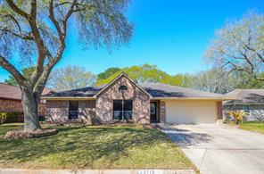 2713 Brook Bend Lane, El Campo, TX 77437