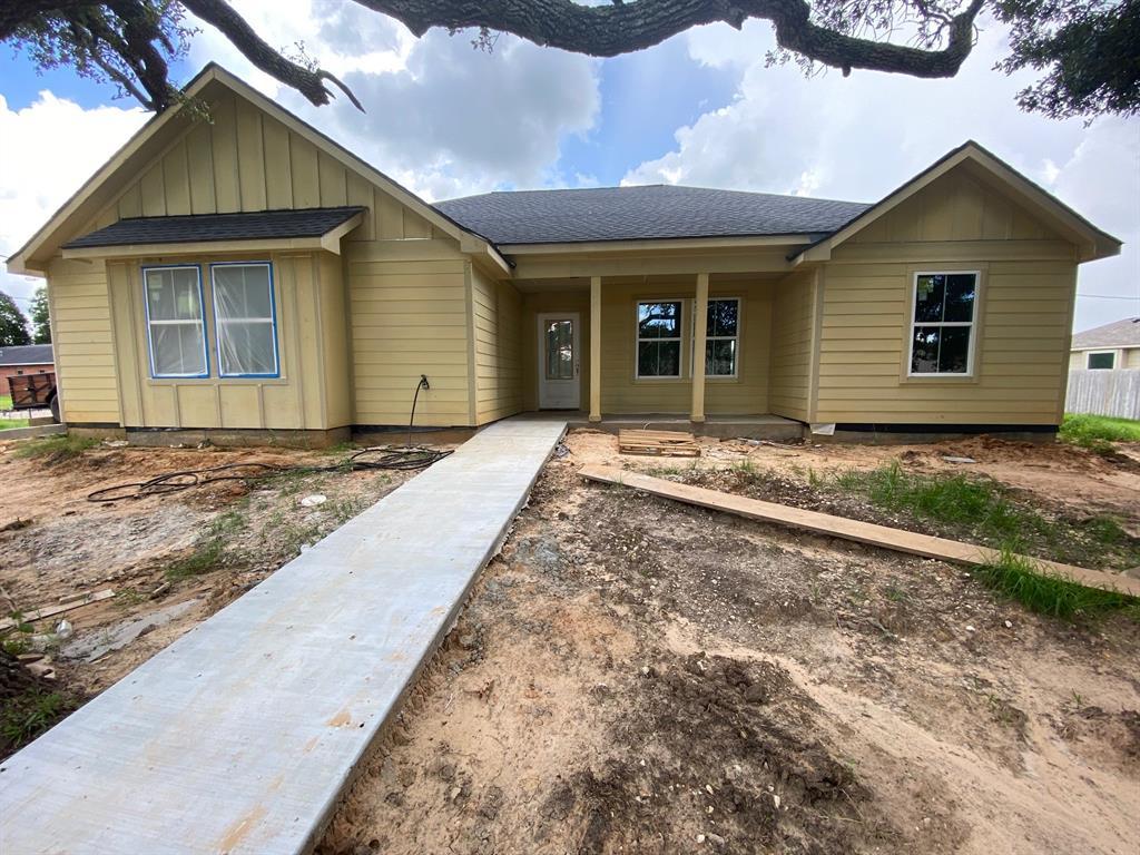 2206 Fulton, Wharton, Texas 77488, 4 Bedrooms Bedrooms, 11 Rooms Rooms,2 BathroomsBathrooms,Single-family,For Sale,Fulton,84867886