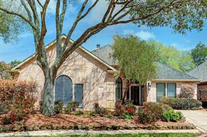 2426 Enchanted Isle Drive, Houston, TX 77062