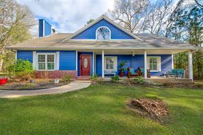 50 Lake Oaks Circle, Coldspring, TX 77331
