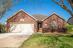 5007 Chase Stone Drive, Bacliff, TX 77518