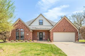 207 Madison, Clute TX 77531