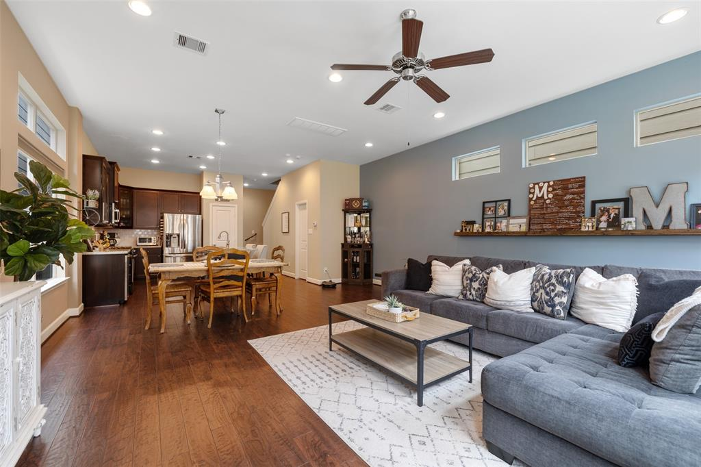Living space also includes recessed lighting and 10 foot ceilings.