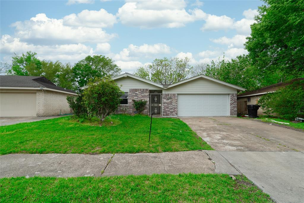 Whether you are a first time buyer or an investor this is a great home! It's in a great location with easy access to Beltway 8, 288, and the new EZ Tag so you can get to where you need to be in no time! With beautiful new tile through out the home and each room is bigger than the next so you have plenty of room for the family. The owners have installed a new AC just a year old so you won't have to worry about the Texas heat. This home is a must see! Contact me today to view your new home!