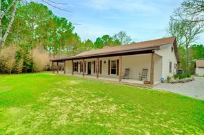 34 Whispering Pine, Huntsville, TX 77320