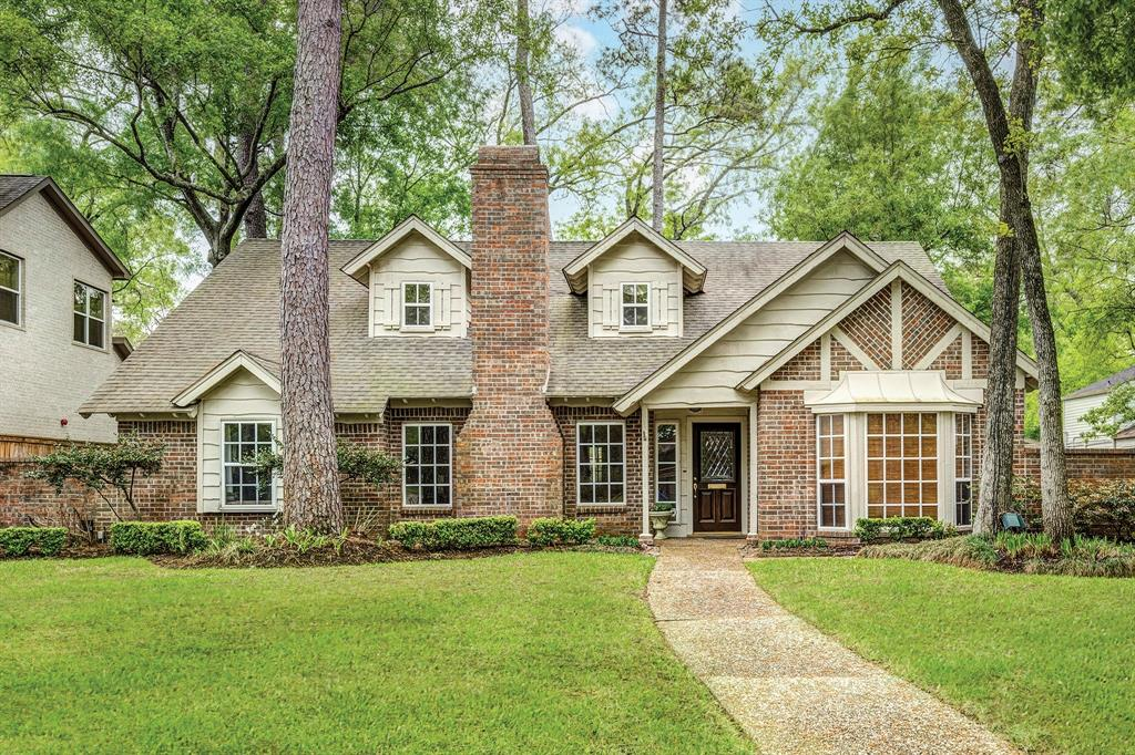Charming and inviting 4 bedroom 3.5 bath home located on a 16,000+sf (per HCAD) wooded lot on the north side of Briargrove Park. Plenty of room for a pool! Lovely hardwoods and large family room with gas fireplace and beautiful built-ins opens to spacious breakfast room and kitchen. Large master bedroom and bathroom with whirlpool tub and separate shower on first floor. Nicely-sized closets throughout. Cozy study located on first floor. Three large bedrooms with walk-in closets and bathroom with double vanities located on the second floor. HUGE gameroom with lots of windows overlooks beautiful backyard and deck on first floor. There is a full bath so this area could also serve as a guest suite. Large mud room off 2 car garage. Property and improvements did not flood from Harvey per seller.