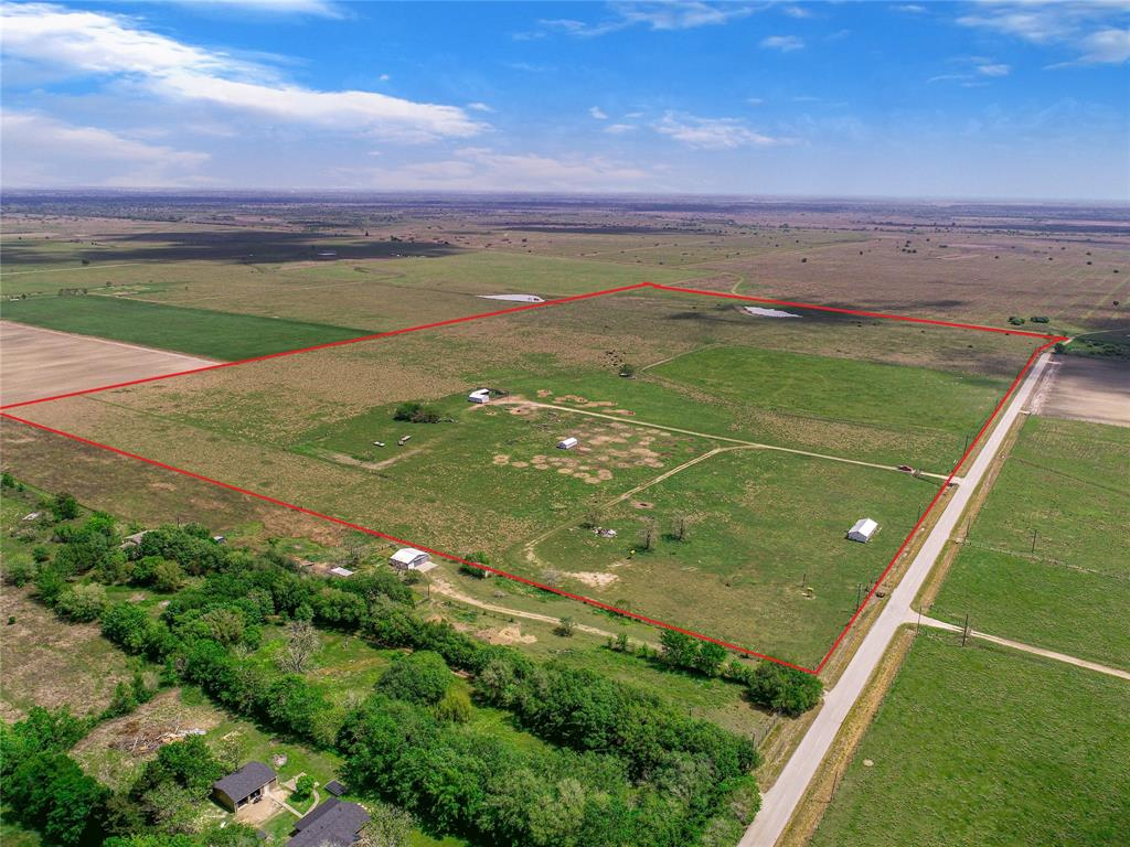8326 Roper Rd, Orchard, TX 77464