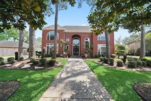 2210 Town Oaks Drive, Houston, TX 77062
