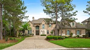 39 N Seasons Trace, The Woodlands, TX 77382