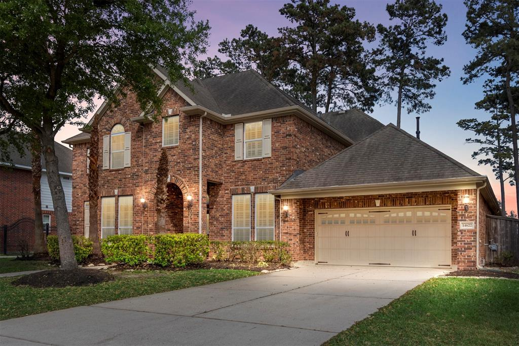 Stunning and spacious 4 bedroom home located on a cul-de-sac street of well desired Fall Creek Master Planned Community (Home of the PGA tour hosted Golf Club of Houston).  This home is walking distance to Fall Creek Elementary, and many of the community amenities (pool, tennis courts, clubhouse, & walking trails), & has quick driving access to the SH Parkway.  You'll love the functional, spacious floor plan with high ceilings (especially in the Family Room), & bonus rooms (den downstairs, extra room upstairs) that this lovely home offers.  The owners added several upgrades when the home was built including, Custom shutters, hand scraped hickory engineered wood floors, central vacuum system, outdoor kitchen, Johns Manville Spider blow-in insulation, manibloc & pex plumbing system, & custom Maple Benedettini Cabinetry. Recent updates include: Fresh interior paint throughout the home, new carpet with upgraded memory foam padding, & a Rinnai tankless water heater. Thank you for visiting!
