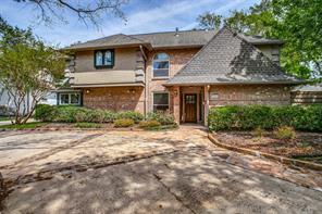 8308 Burkhart Court, Spring Valley Village, TX 77055