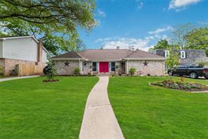 15110 Falling Creek, Houston TX 77068