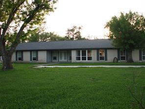 9 Robinhood Lane, Richwood, TX 77531