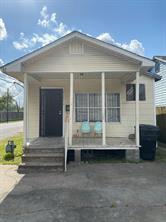 5101 Cochran Street, Houston, TX 77009