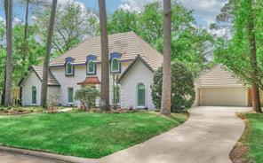 16903 Memorial Oaks Lane, Spring, TX 77379