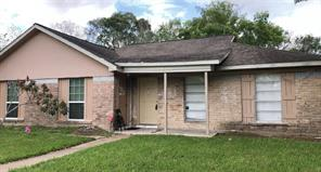 6714 W Fuqua Drive, Houston, TX 77489
