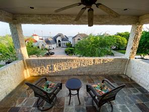 75 Waterford Way, Montgomery, TX 77356