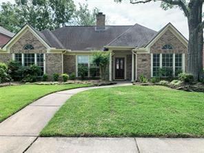 4218 Moonlight Shadow Court, Houston, TX 77059